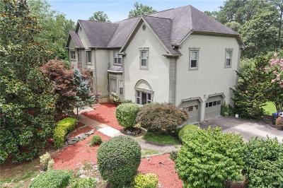 Roswell Single Family Home For Sale: 920 Brandon Ridge Drive