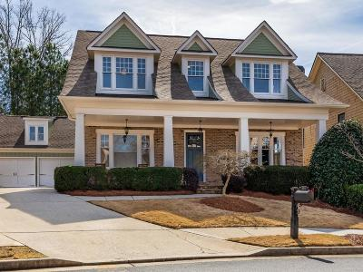 Roswell Single Family Home For Sale: 220 Scott Crossing