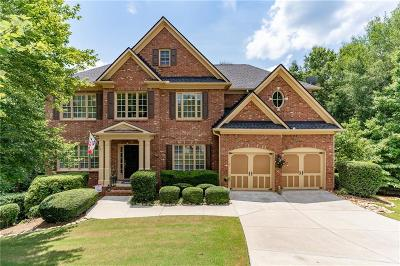 Suwanee Single Family Home For Sale: 840 River Trace Court