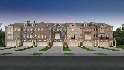 Chamblee Condo/Townhouse For Sale: 4212 Perimeter Park East Drive #101