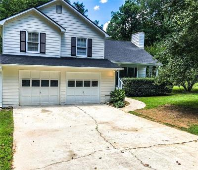 Powder Springs Single Family Home For Sale: 5241 Cherry Hill Lane