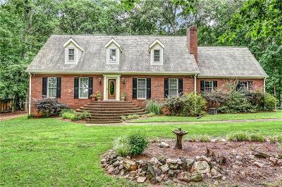 Acworth Single Family Home For Sale: 6695 Woodstock Road