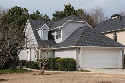Roswell Single Family Home For Sale: 165 Sweetwater Trace