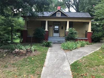 Single Family Home For Sale: 465 SE Grogan Street SE