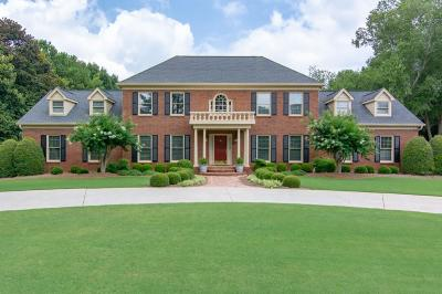 Johns Creek Single Family Home For Sale: 9480 Riverclub Parkway