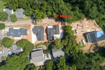 Roswell Single Family Home For Sale: 67 Maple Street