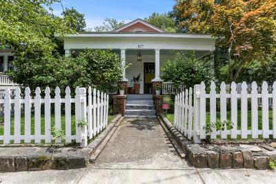 Atlanta Single Family Home For Sale: 807 Lake Avenue NE