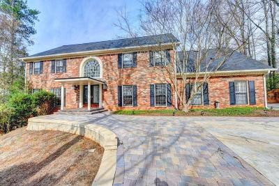 Sandy Springs Single Family Home For Sale: 9450 Huntcliff Trace