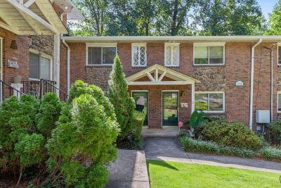 Atlanta Condo/Townhouse For Sale: 2416 Peachwood Circle NE #9