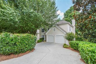 Johns Creek Single Family Home For Sale: 3225 Park Chase