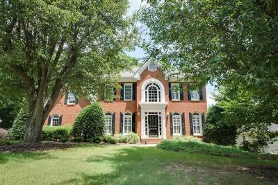 Alpharetta Single Family Home For Sale: 615 Varina Way