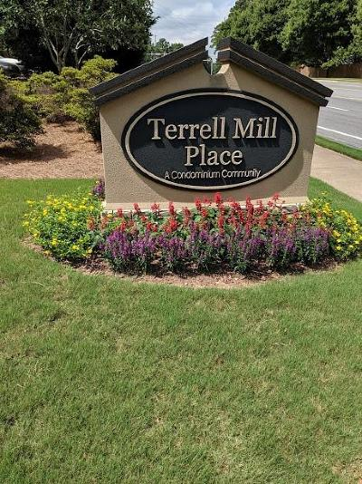 Marietta Condo/Townhouse For Sale: 1525 Terrell Mill Place SE #E