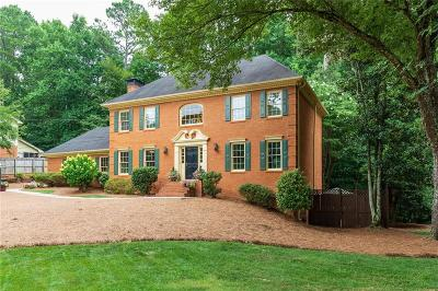 Peachtree Corners Single Family Home For Sale: 3648 Allenhurst Drive