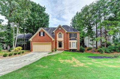 Suwanee Single Family Home For Sale: 4830 Chesterfield Court