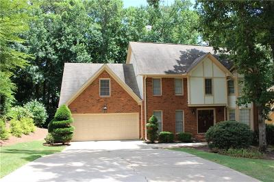 Alpharetta Single Family Home For Sale: 720 Redlion Run
