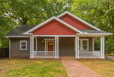 College Park Single Family Home For Sale: 1698 Temple Avenue