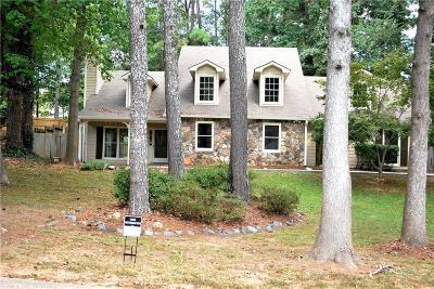 Marietta Single Family Home For Sale: 3021 Stoneridge Court NW