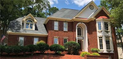 Powder Springs Single Family Home For Sale: 635 Owl Creek Drive