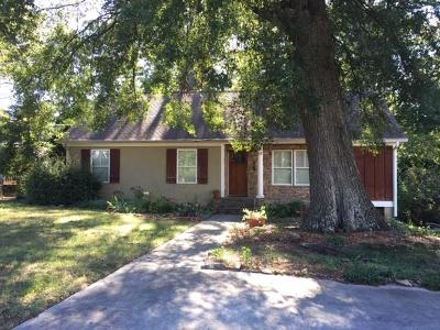 Single Family Home For Sale: 792 Mimosa Drive SE