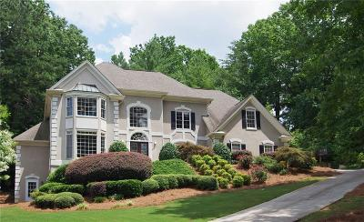 Alpharetta Single Family Home For Sale: 3855 Redcoat Way
