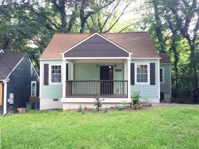 Atlanta Single Family Home For Sale: 1102 Oak Knoll Terrace SE