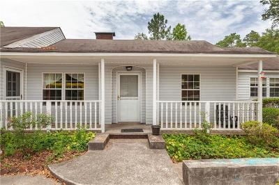 Powder Springs Single Family Home For Sale: 4450 Pineview Drive