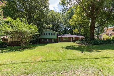 Lilburn Single Family Home For Sale: 1459 Ridgeland Court SW