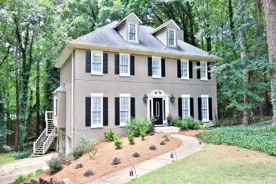 Roswell Single Family Home For Sale: 9305 Bluejack Lane
