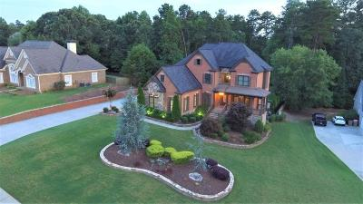 Buford Single Family Home For Sale: 5817 Coles Court