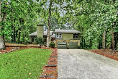 Roswell Single Family Home For Sale: 1005 Laurel Mill Drive
