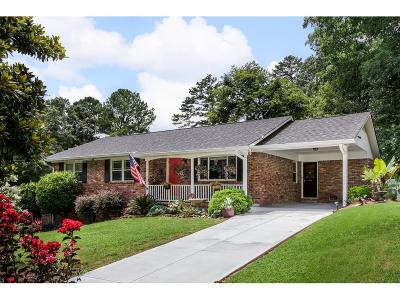 Chamblee Single Family Home For Sale: 2942 Appling Circle