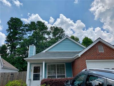 Alpharetta Single Family Home For Sale: 255 Dennis Drive
