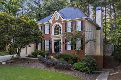 Alpharetta Single Family Home For Sale: 942 Hawkhorn Court