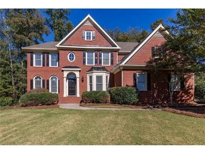 Kennesaw Single Family Home For Sale: 917 Thousand Oaks Bend NW