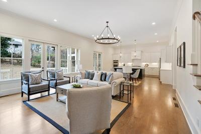 Smyrna Single Family Home For Sale: 2370 Honeysuckle Lane