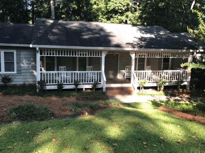 Marietta Single Family Home For Sale: 3237 Hembree Court