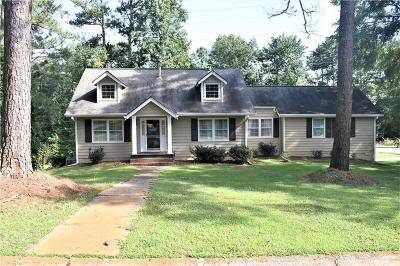 Marietta Single Family Home For Sale: 608 Holt Road