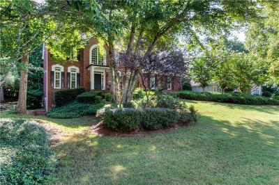 Roswell Single Family Home For Sale: 12225 Asbury Park Drive
