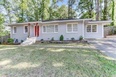 Single Family Home For Sale: 905 Church Street SE