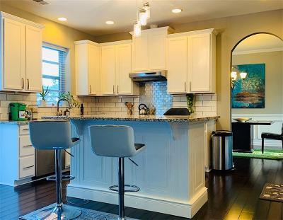 Atlanta Single Family Home For Sale: 520 Jessamine Square