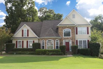 Buford Single Family Home For Sale: 2224 Oak Falls Lane