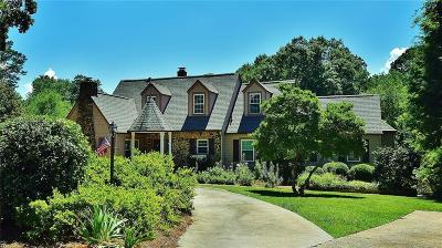 Gainesville Single Family Home For Sale: 1591 Riverside Drive