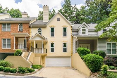 Sandy Springs Condo/Townhouse For Sale: 2 Forest Ridge Court