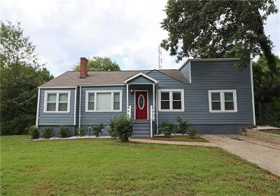 East Point Single Family Home For Sale: 3025 Washington Road