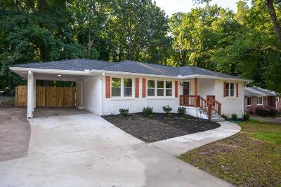 East Atlanta Single Family Home For Sale: 2362 Cloverdale Drive SE