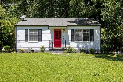 Connally Heights Single Family Home For Sale: 2509 Romain Way