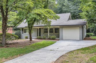 Smyrna Single Family Home For Sale: 2935 Stonecreek Road SE