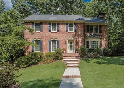 Peachtree Corners Single Family Home For Sale: 3935 Winters Hill Drive