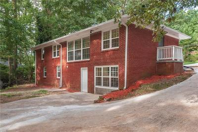 East Point Single Family Home For Sale: 2804 Dodson Drive