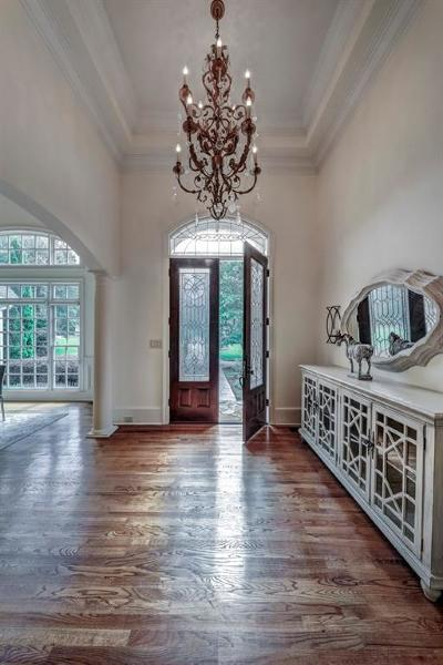 Single Family Home For Sale: 125 N Devereux Court NW